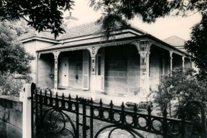 4 Alexandra Street