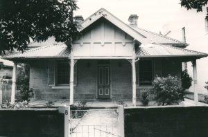 8 Alexandra Street