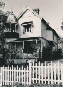 7 Campbell Street