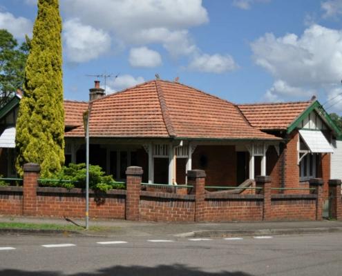 1 Earnshaw Street