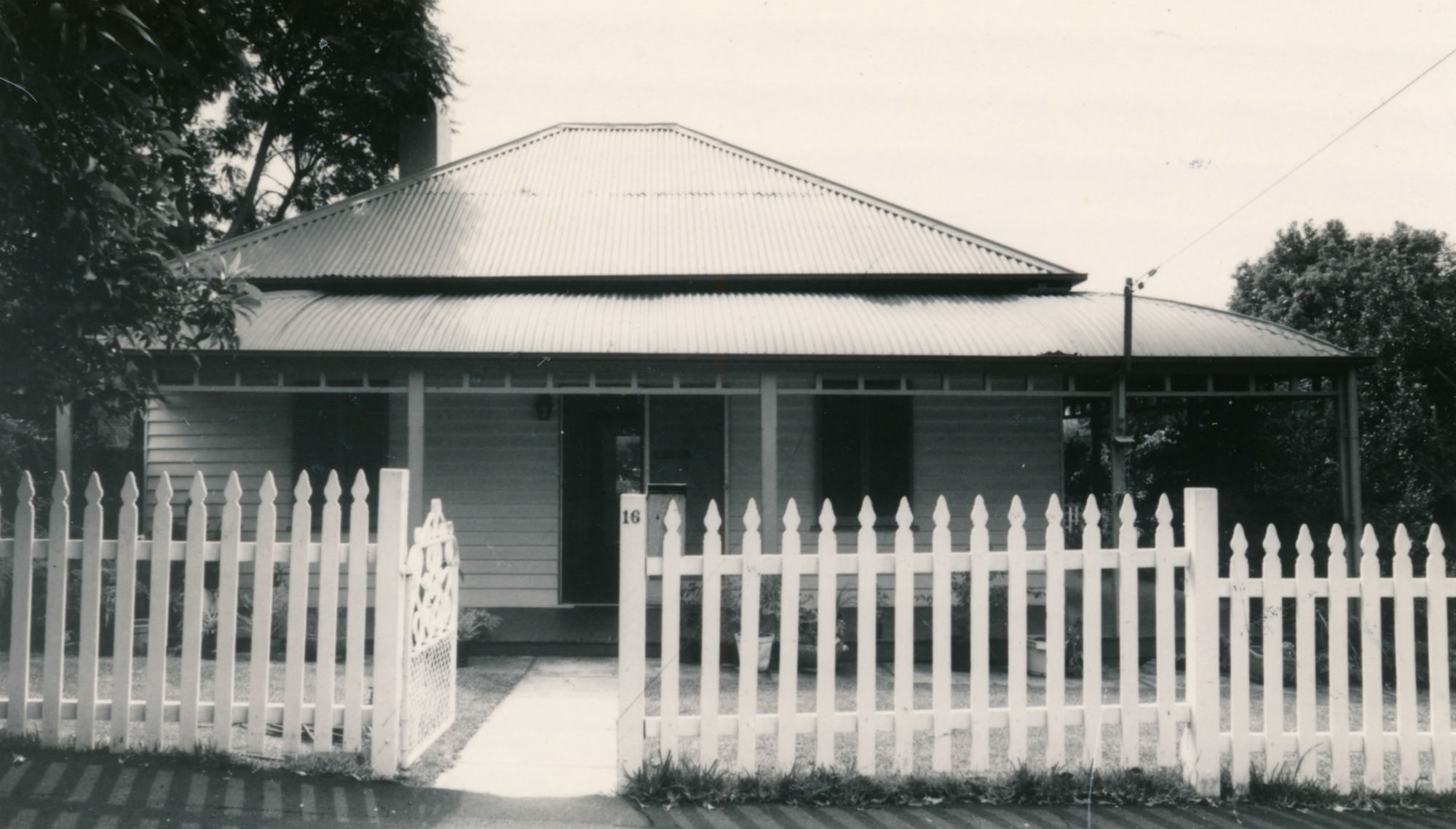 Shirley, 16 Figtree Road