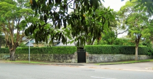 Stone walls cnr Woolwich Road & Futuna Street
