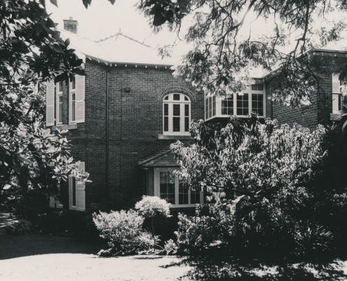 42 Woolwich Road