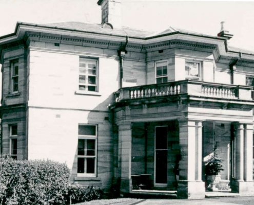 7 Woolwich Road