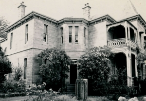 9 Woolwich Road