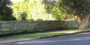 Dry stone wall Woolwich Road